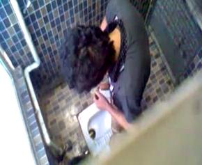 男子トイレ035